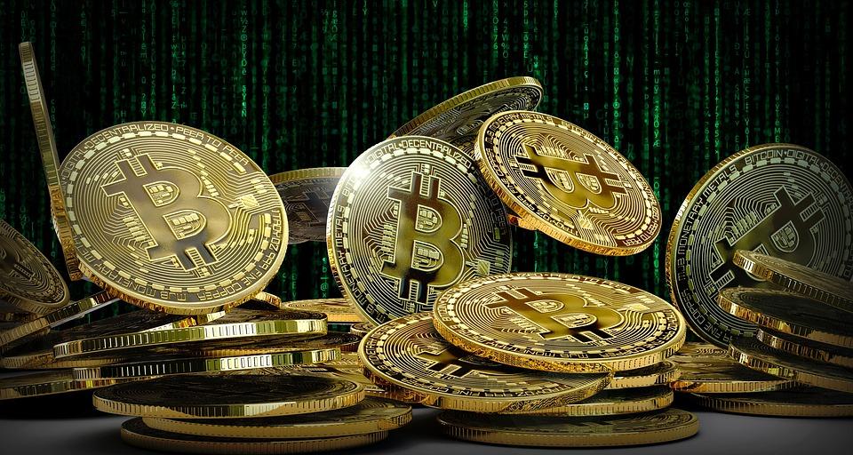 Kurz Bitcoinu se náhle propadl. O kolik?